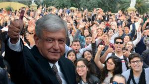 Accede a Becas (AMLO) para estudiar en Mexico Jóvenes y niños