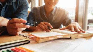 Normas APA de la Universidad Javeriana: son varias reglas para realizar las Normas APA.