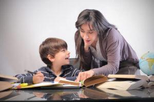 Becas para madres solteras
