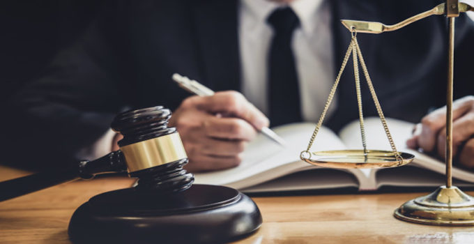 ¿Qué estudiar para ser abogado?