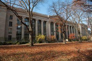 Cuanto cuesta estudiar en la Universidad Harvard