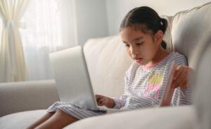 Tips para enseñar a tus hijos el estudio en casa